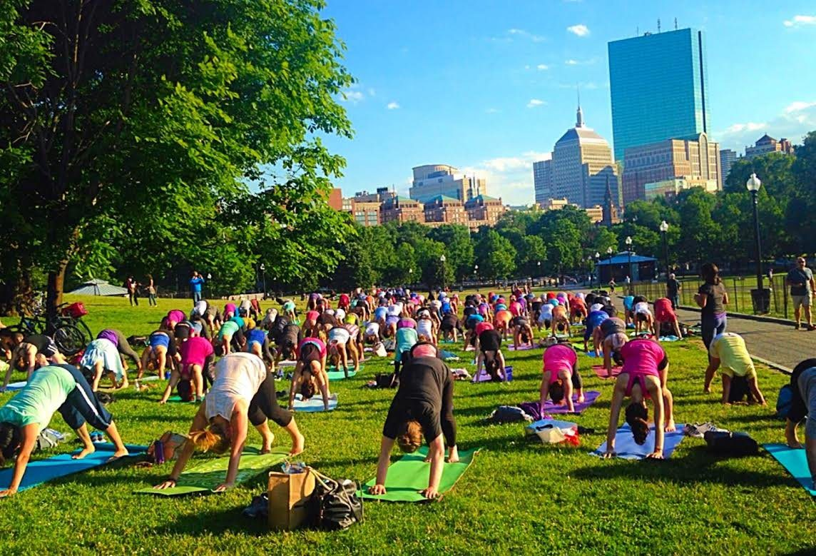 FREE_Summer_Yoga_at_The_Boston_Common_Frog_Pond_is_a_great_place_to_meet_bostonians