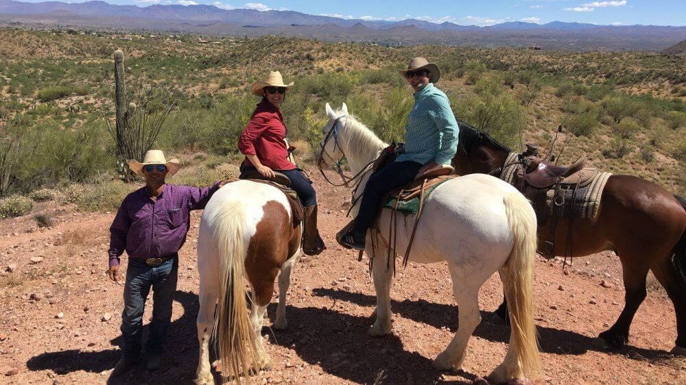 Experience The Cowboy Lifestyle At A Ranch And Make New Friends