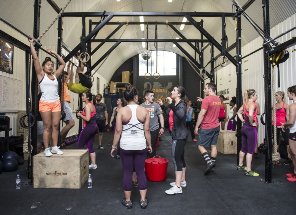 Meet New People While Doing Crossfit Exercise In Tampa