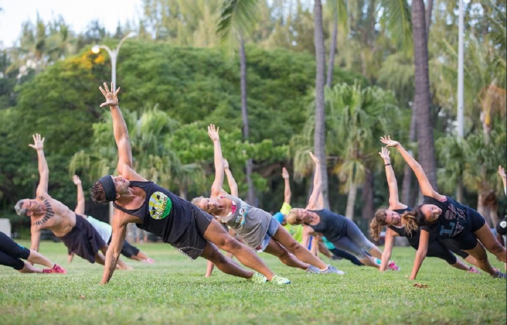 Working In An Outdoor Gym In Honolulu Is A Great Place For Making New Friends