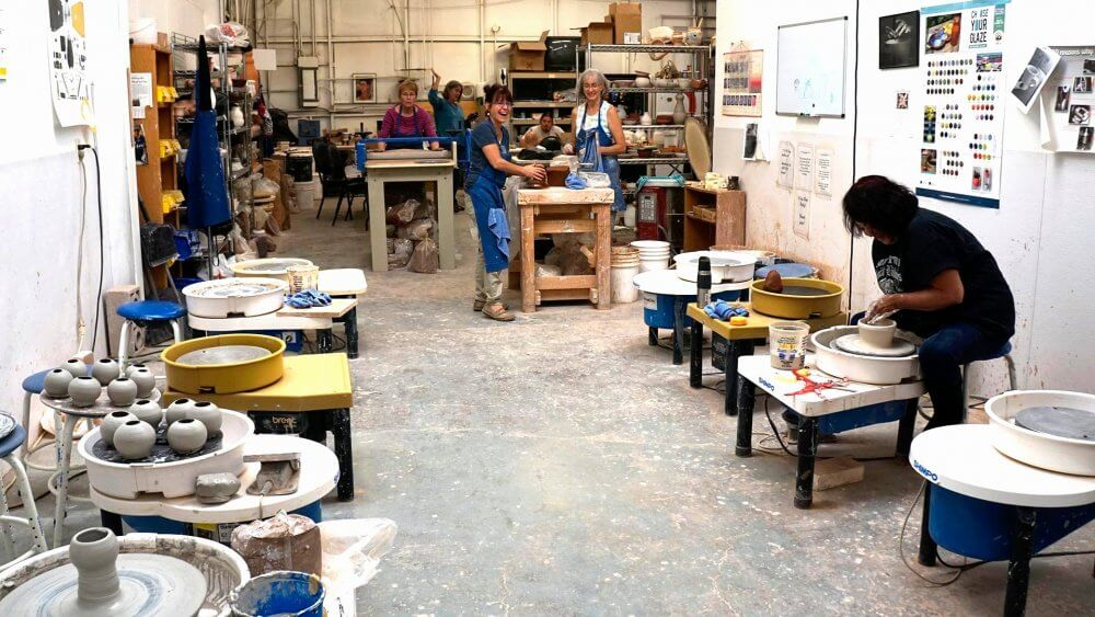 Attend Pottery Classes In Miami And Meet New Folks