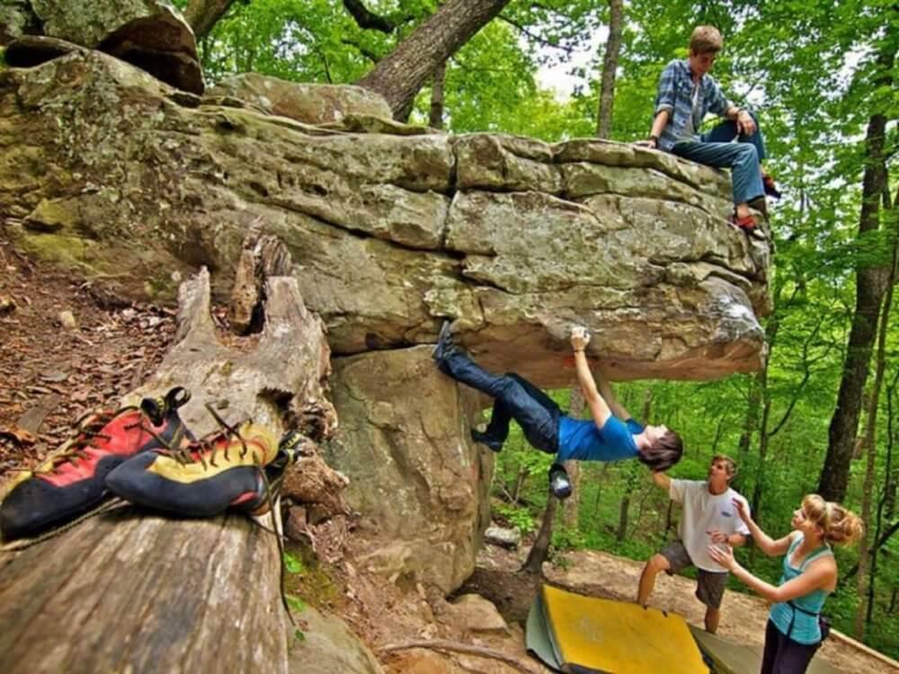 Enjoy Rock Climbing Activity In Raleigh And Meet New Friends