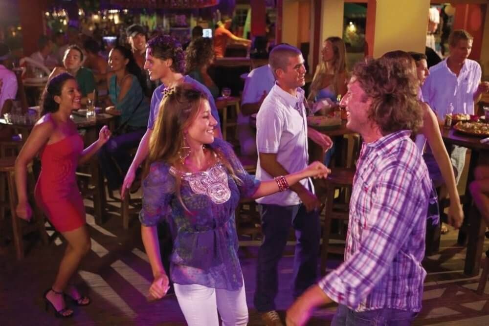 Join Single Dance Parties In Toledo And Meet New Folks