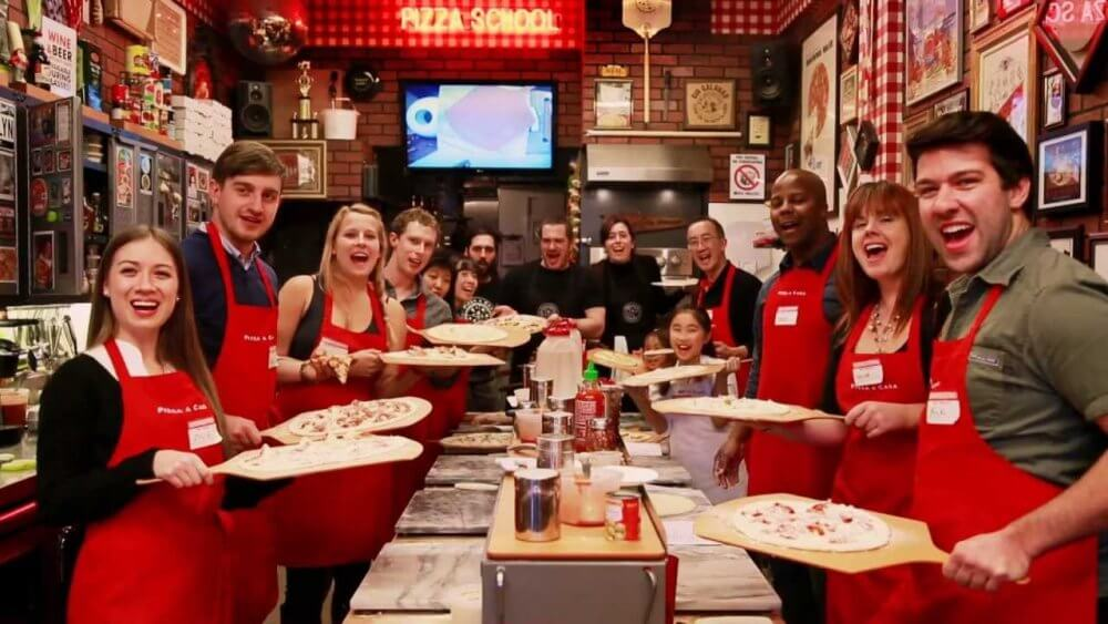 Learn To Make Pizza In Miami And Meet New Friends