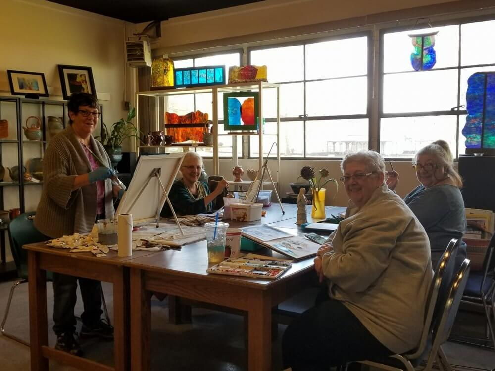 Take Part In Drawing Class In Chula Vista And Meet New People