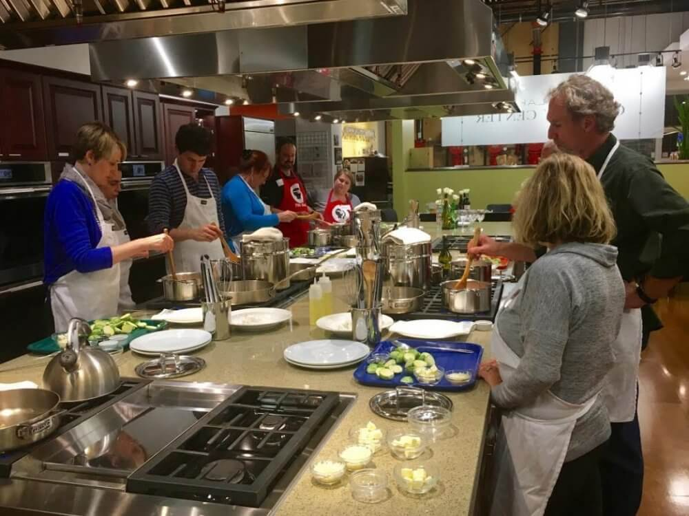 Attend Cooking Classes In Salt Lake City And Make New Friends