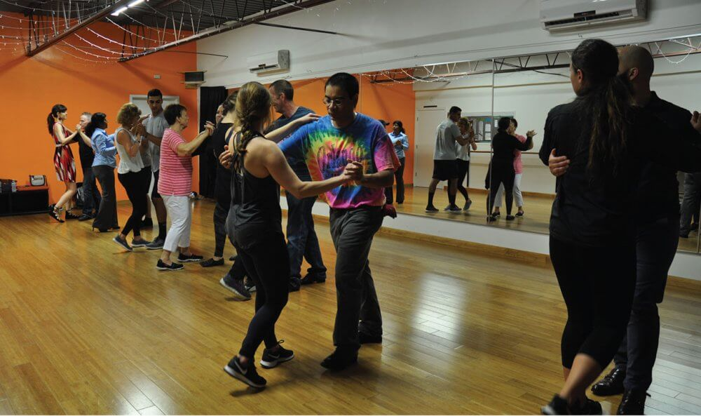 Attend Salsa Dance Classes In Fontana And Make New Friends