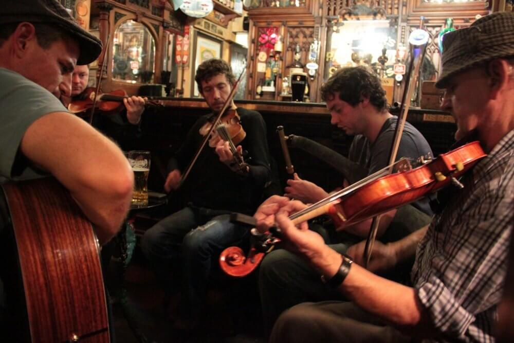 Join Musical Instrumental Clubs In Belfast And Make Friends