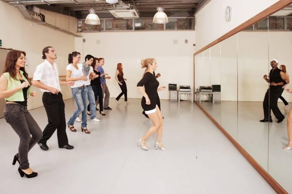 Join Salsa Dance Classes In Coventry And Make Friends