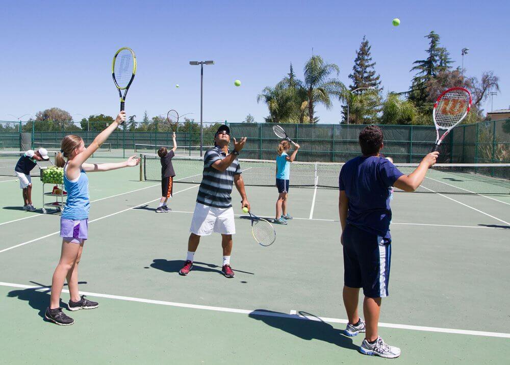 Join Tennis Clubs In San Bernardino And Make Friends