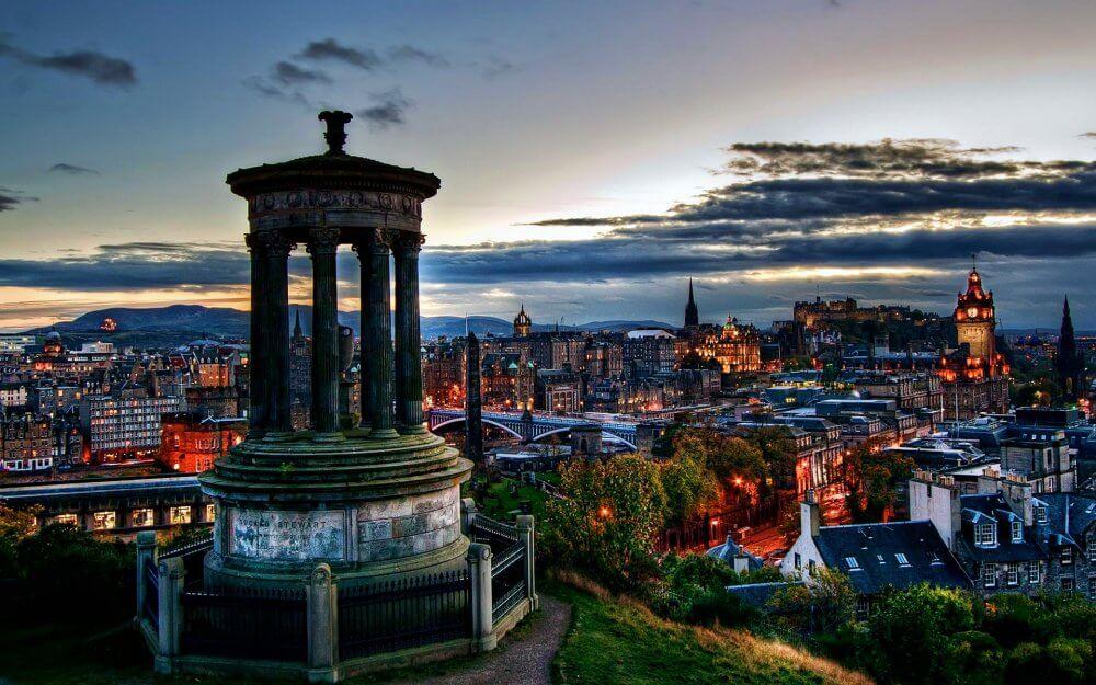 Meet People In Edinburgh Scotland And Make Friends