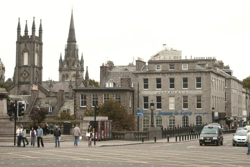 How To Meet People in Aberdeen, UK