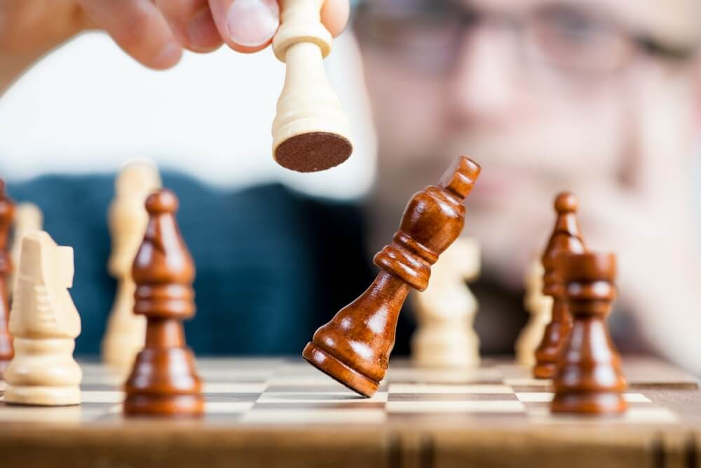 Make friends over a game of chess