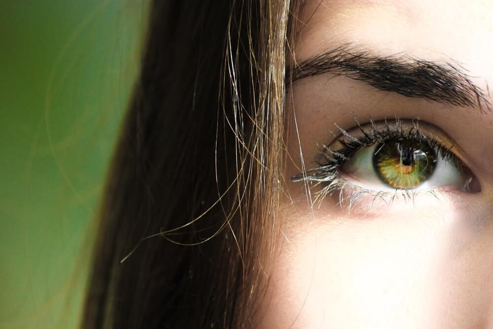 Keep Eye Contact