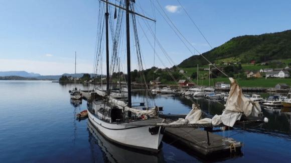 Bishop's Horizon Rosendal topsail schooner bramsegelskonare