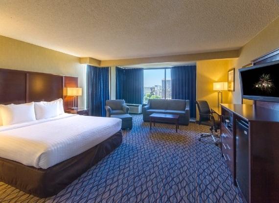 anaheim hotels with kitchen near disneyland cabinet materials clarion hotel resort room get travelget