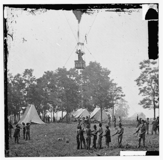 """Lowe observing the battlefield from his balloon """"Intrepid."""" Photo via the Library of Congress."""