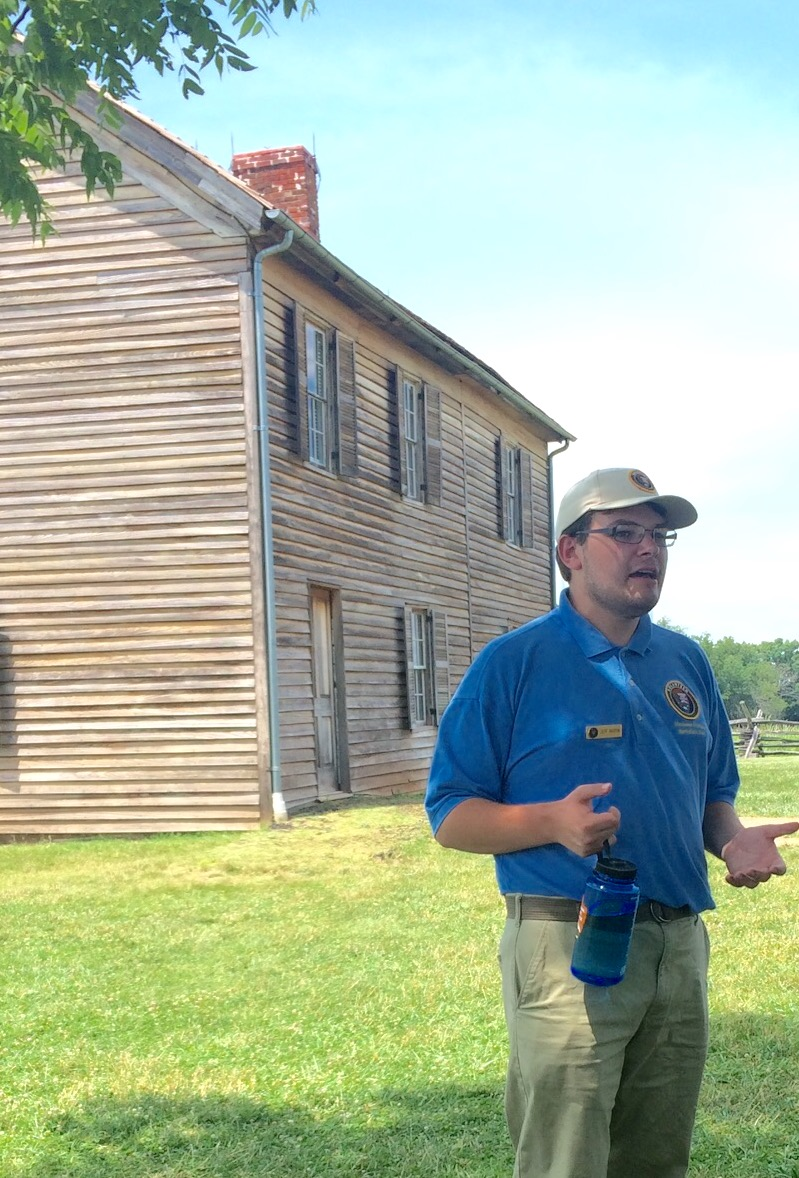 """The """"Stuff"""" of History: 2018 Pohanka Interns Explore Artifacts and Material Objects"""