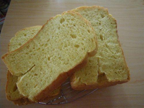 ホームベーカリーでにんじんパン