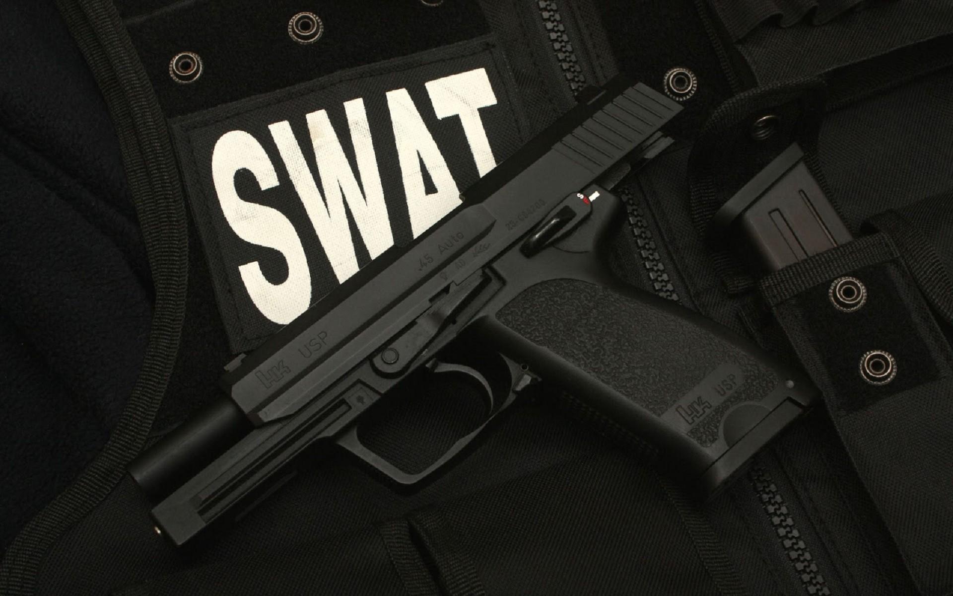 Swat Car Wallpaper 2560x1600 Cool Guns Wallpaper 56 Images