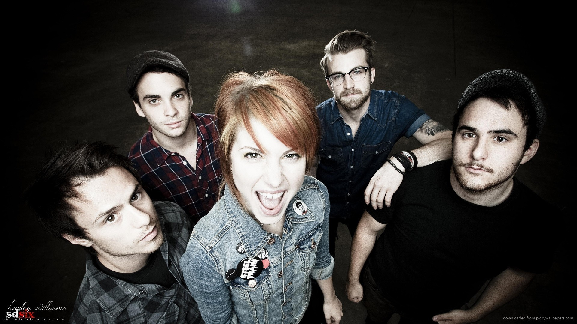Fall Out Boy Android Wallpaper Paramore Iphone Wallpaper 74 Images