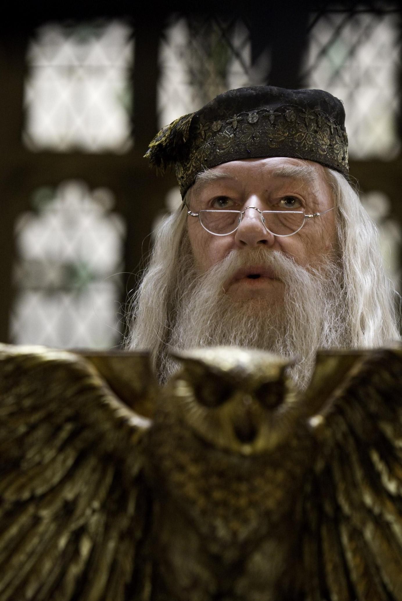 Dumbledore Quote Iphone Wallpaper Albus Dumbledore Wallpapers 62 Images