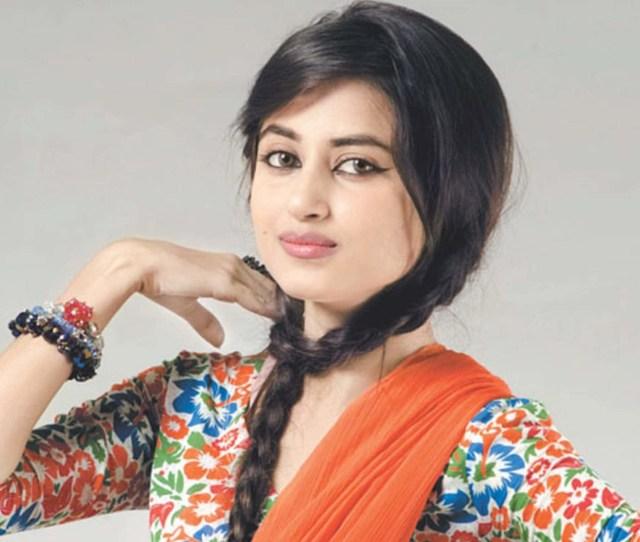 1920x1200 Beautiful Pakistani Girl Hd Wallpapers