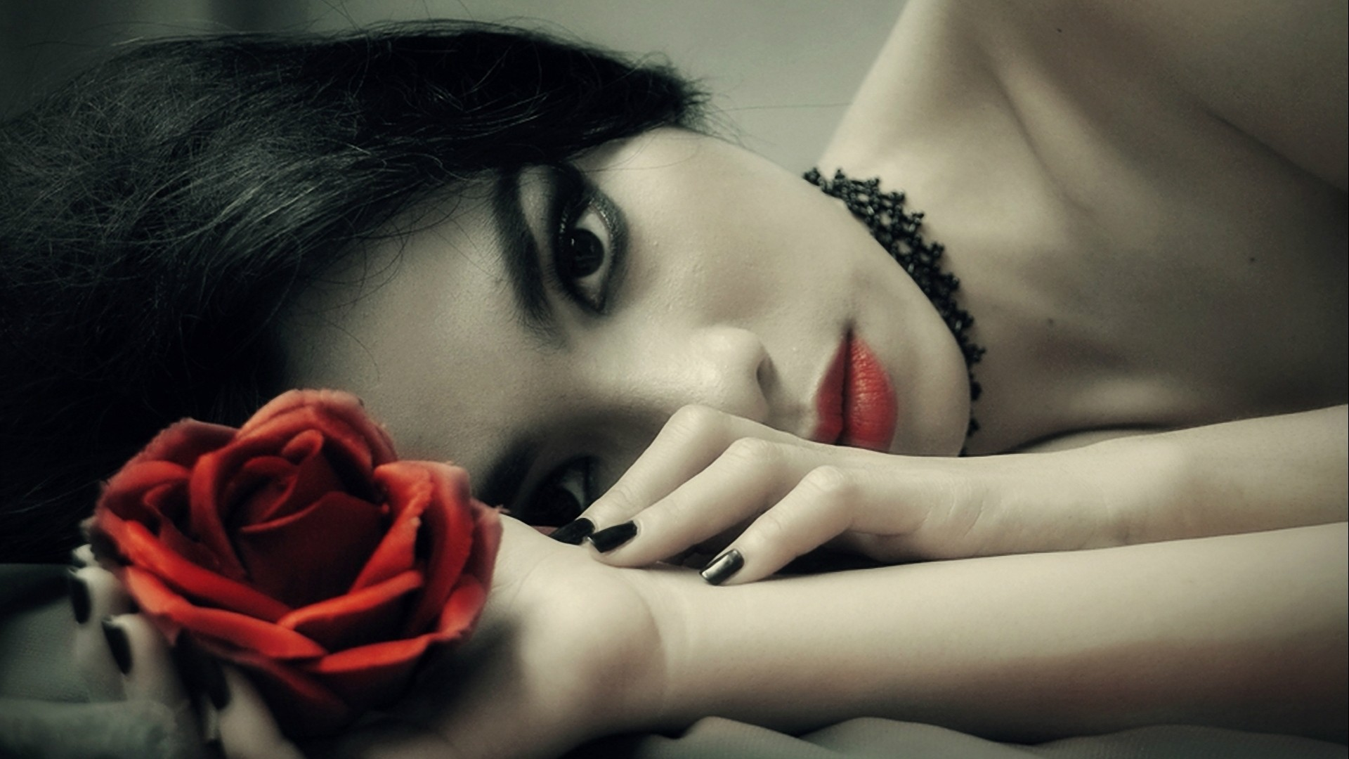 Gothic Girl Wallpaper Iphone Gothic Roses Wallpaper 63 Images
