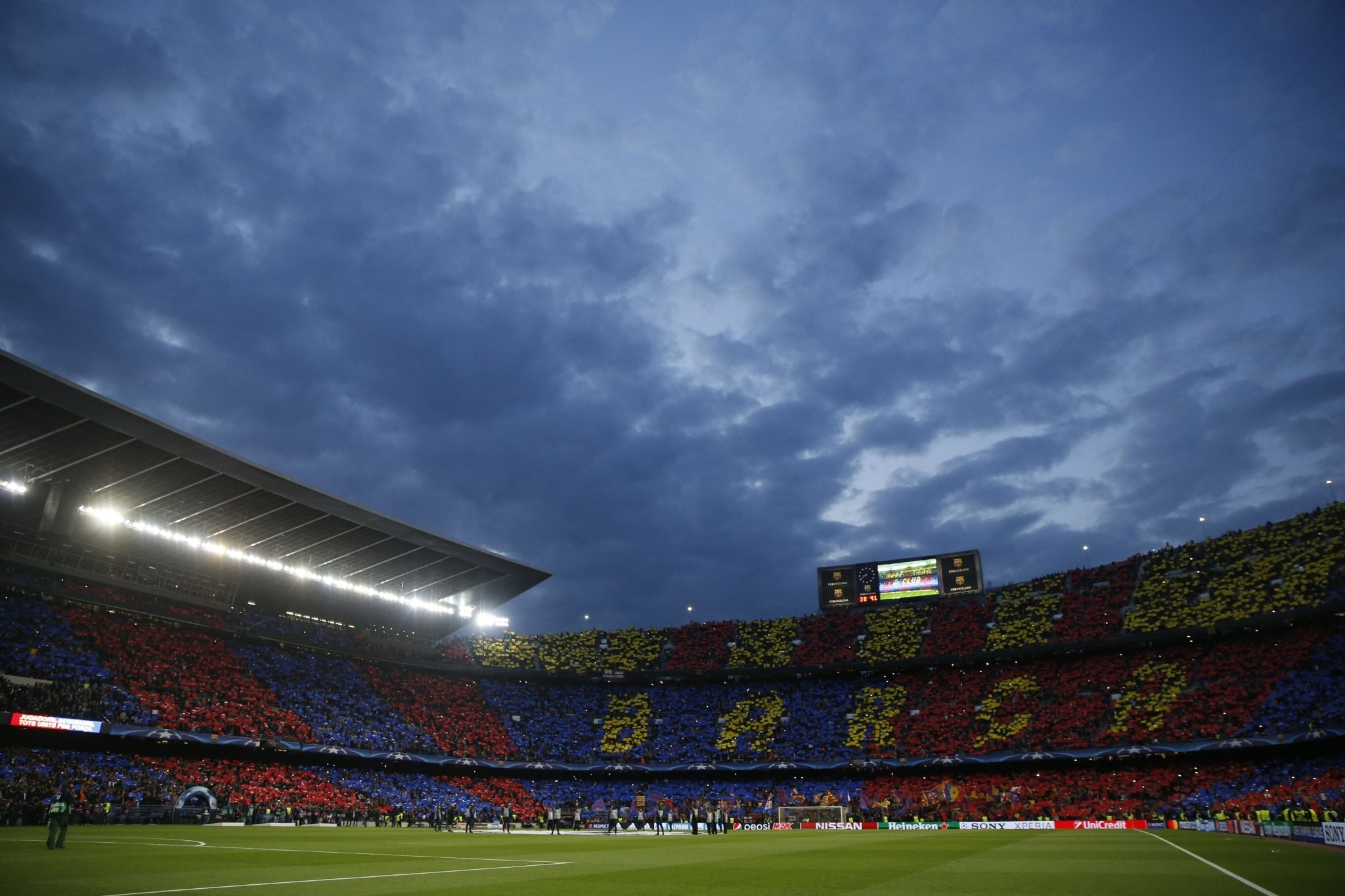 Messi Wallpaper Iphone X Camp Nou Wallpaper 79 Images