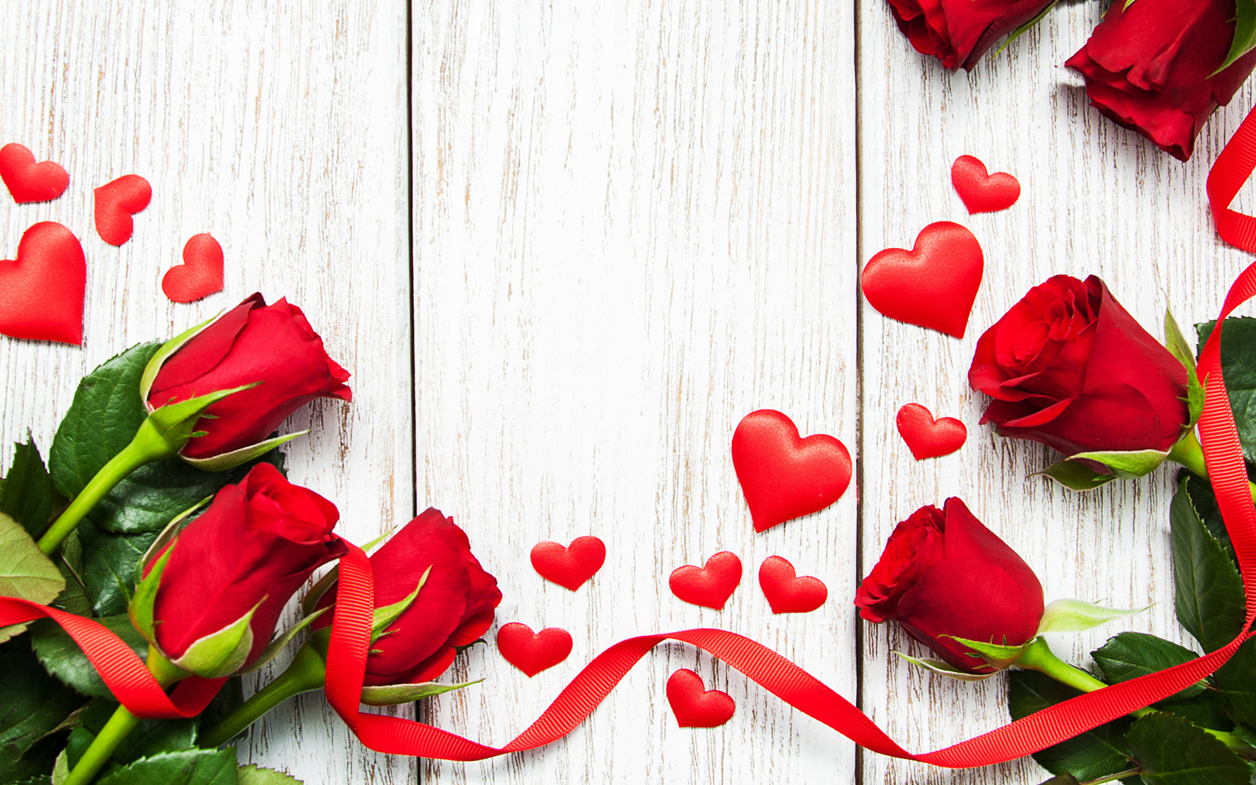 Supreme Girl Iphone Wallpaper Red Rose Heart Wallpaper 53 Images