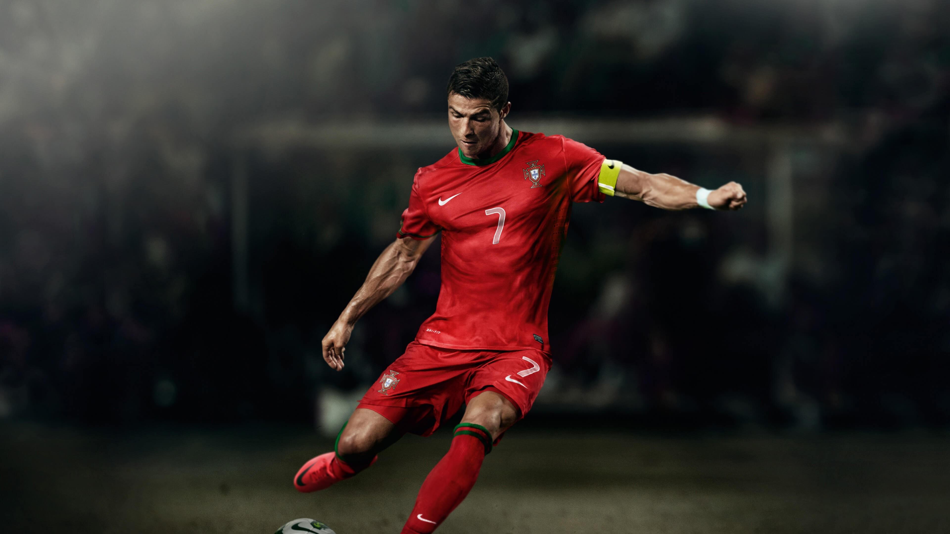 Cr7 Hd Wallpapers 1080p Cristiano Ronaldo Wallpaper Nike Mercurial 2018 55 Images