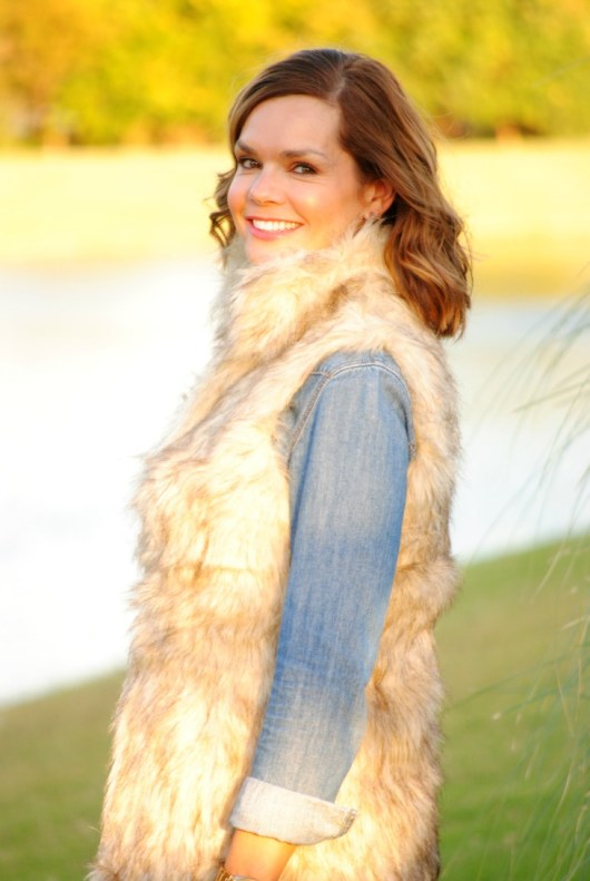 fur-vest-chambray-outfit