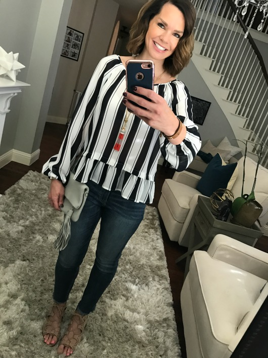 striped-blouse-jeans