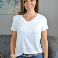 SAHMonday: Plain White Tee