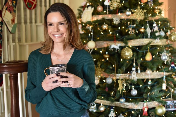 outfits from hallmark christmas movies green sweater