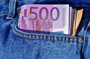 Geld in Hosentasche