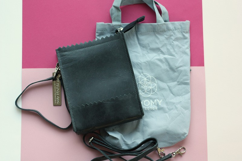 myomy paperbag (1)-