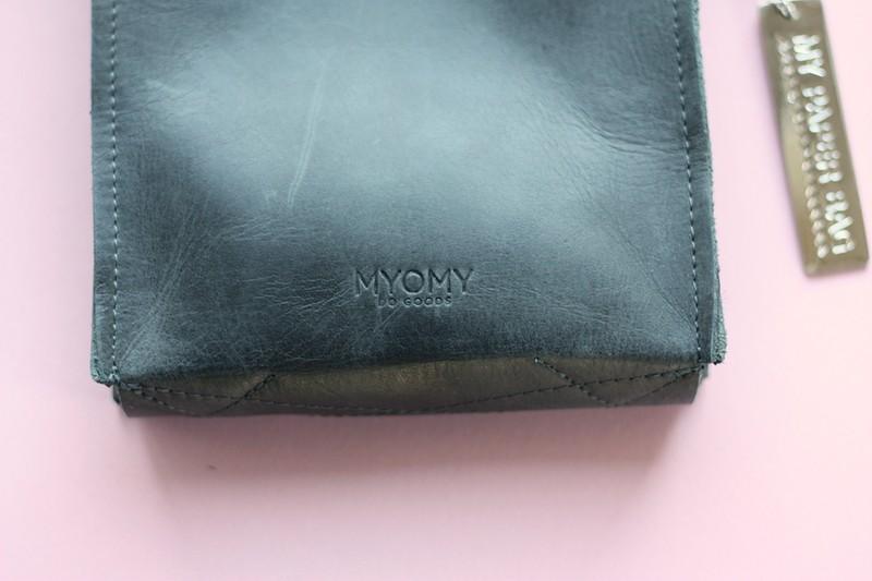 myomy paperbag 2