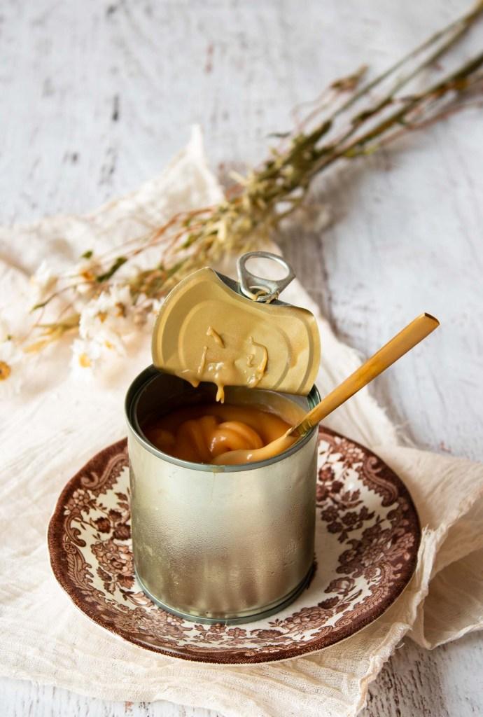vegan dulce de leche van gecondenseerde kokosmelk
