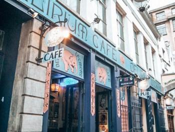 Brüksel'de gezilecek yerler - Delirium Bar