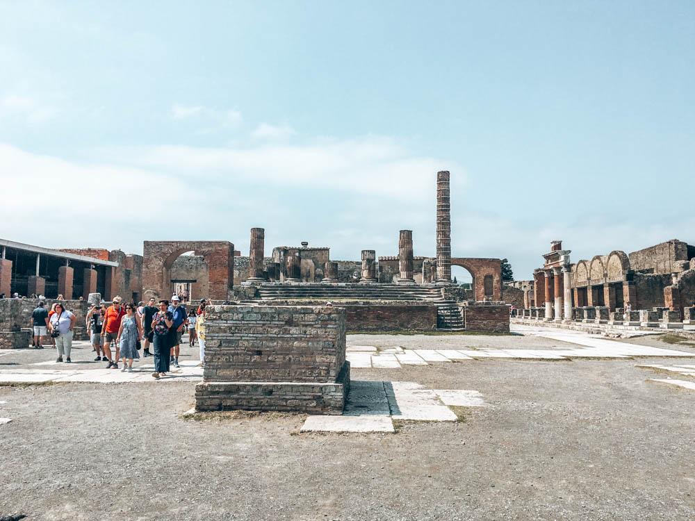 Pompei Şehir Meydanı