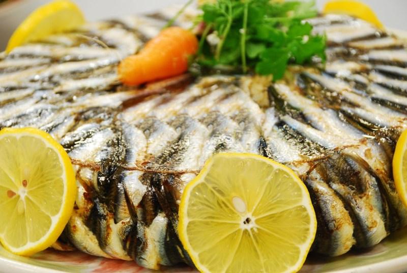 Trabzon-yemekleri-hamsili-pilav