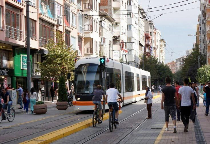 Eskişehir-Gezilecek-Yerler-Doktorlar-Caddesi