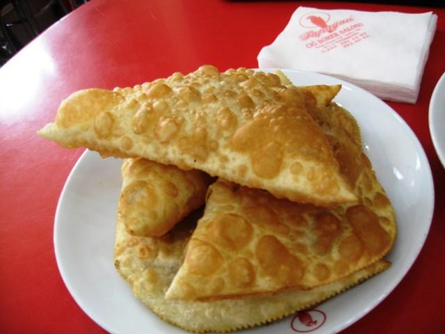 Eskişehir-Meşhur-Yemekler-Papağan-Çiğbörek