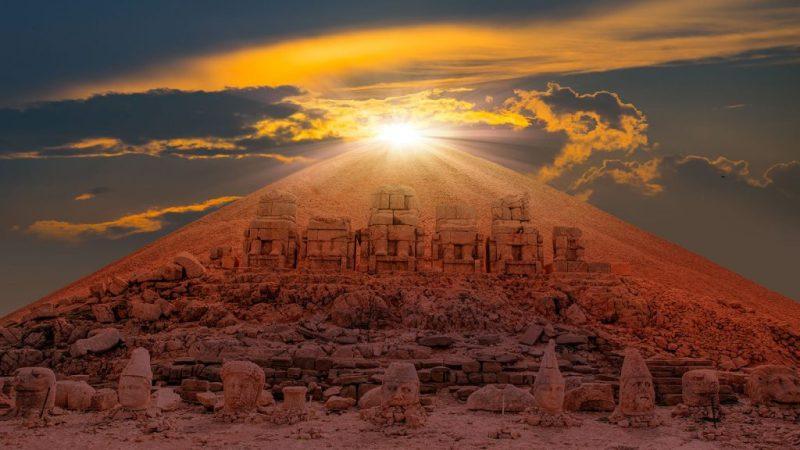Türkiye'de Güneşin En Güzel Doğduğu ve Battığı Yerler-Nemrut dağı