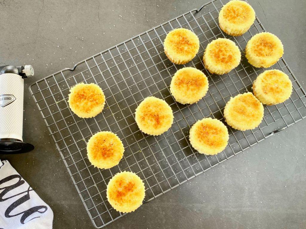 crème brûlée cheesecake cupcake