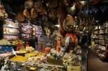 Eski şehirde şarküteri sergisi