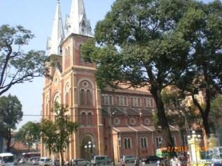 Laos - Kamboçya - Vietnam Gezisi Notları, Ho Chi Minh Gezilecek Yerler, Notre Dame Kilisesi
