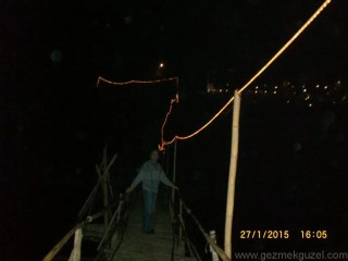 Laos - Kamboçya - Vietnam Gezisi Notları, Laos Gezilecek Yerler, Laos Gece Pazarı Yolunda
