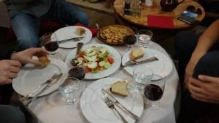 Albanisches Abendessen in Tirana